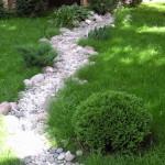 Дубрава — камни в дизайне сада